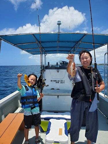 沖縄!親子で『釣り体験』はいかがでしょうか?初心者専門!シーパーク北谷!