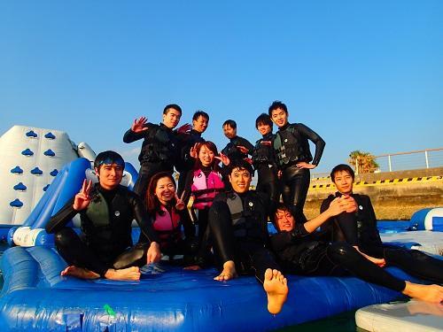 沖縄マリンスポーツ&海遊び【シーパーク北谷】は冬もウエットスーツ着用で楽しめる⁉