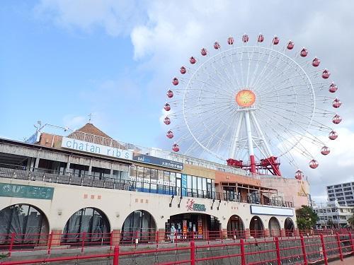 沖縄でマリンスポーツは本部町から車で約1時間30分の北谷が那覇空港へ向かう前に遊べて便利!