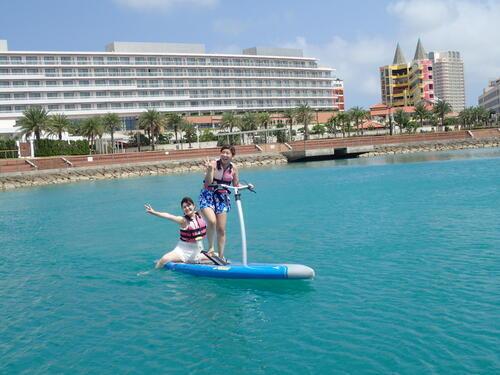 沖縄でお得に『足漕ぎSUP』体験!只今、割引キャンペーン実施中!