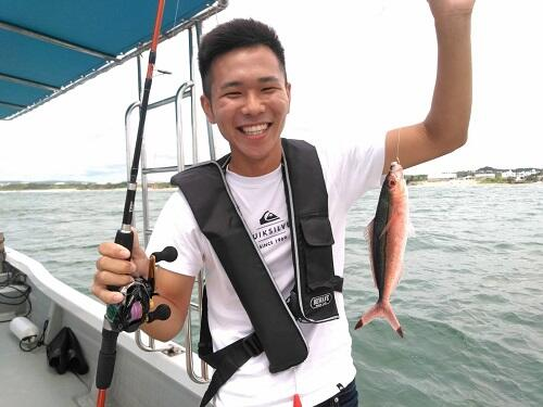 カップルにおすすめの沖縄『釣り体験』!初心者も安心して参加OK!