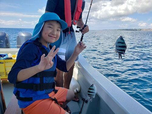 沖縄観光の冬に『船釣り体験』がおすすめ!初めての方も楽しめる『ボートフィッシング・釣り体験』にチャレンジしてみませんか♪