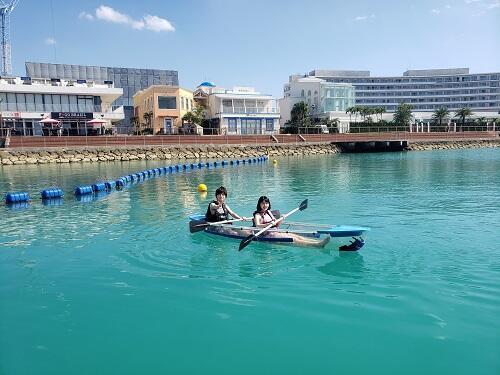 マリンスポーツは飛行機に乗る日も体験できる?沖縄を満喫したい方必見!