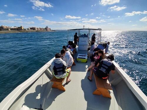 沖縄で釣り体験!家族、友達とボートフィッシングは『シーパーク北谷』