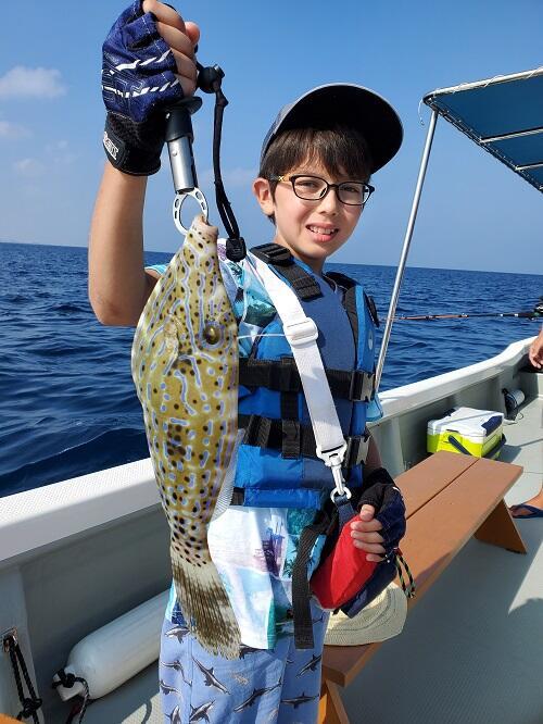 好評受付中!沖縄北谷町で『釣り体験』にチャレンジ!初めての方も安心の初心者専門です!