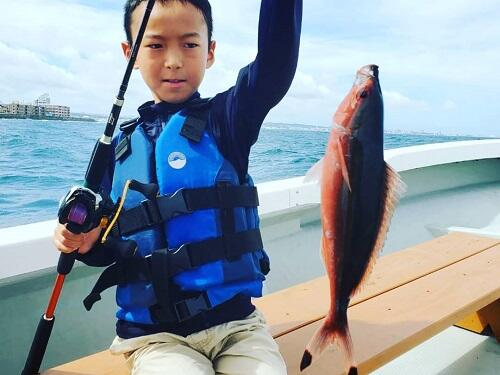 沖縄 本島中部 釣り 体験 3歳
