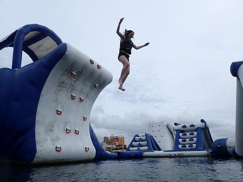 沖縄のホテル・観光・買い物・海がギュッとつまった北谷町(ちゃたんちょう)でマリンスポーツ!