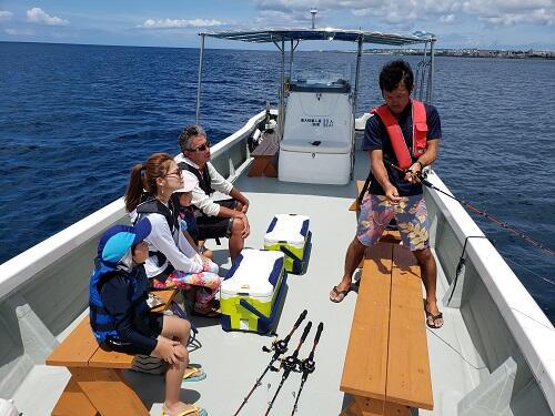 手ぶらで参加OK!沖縄で船釣り体験はシーパーク北谷(^-^)