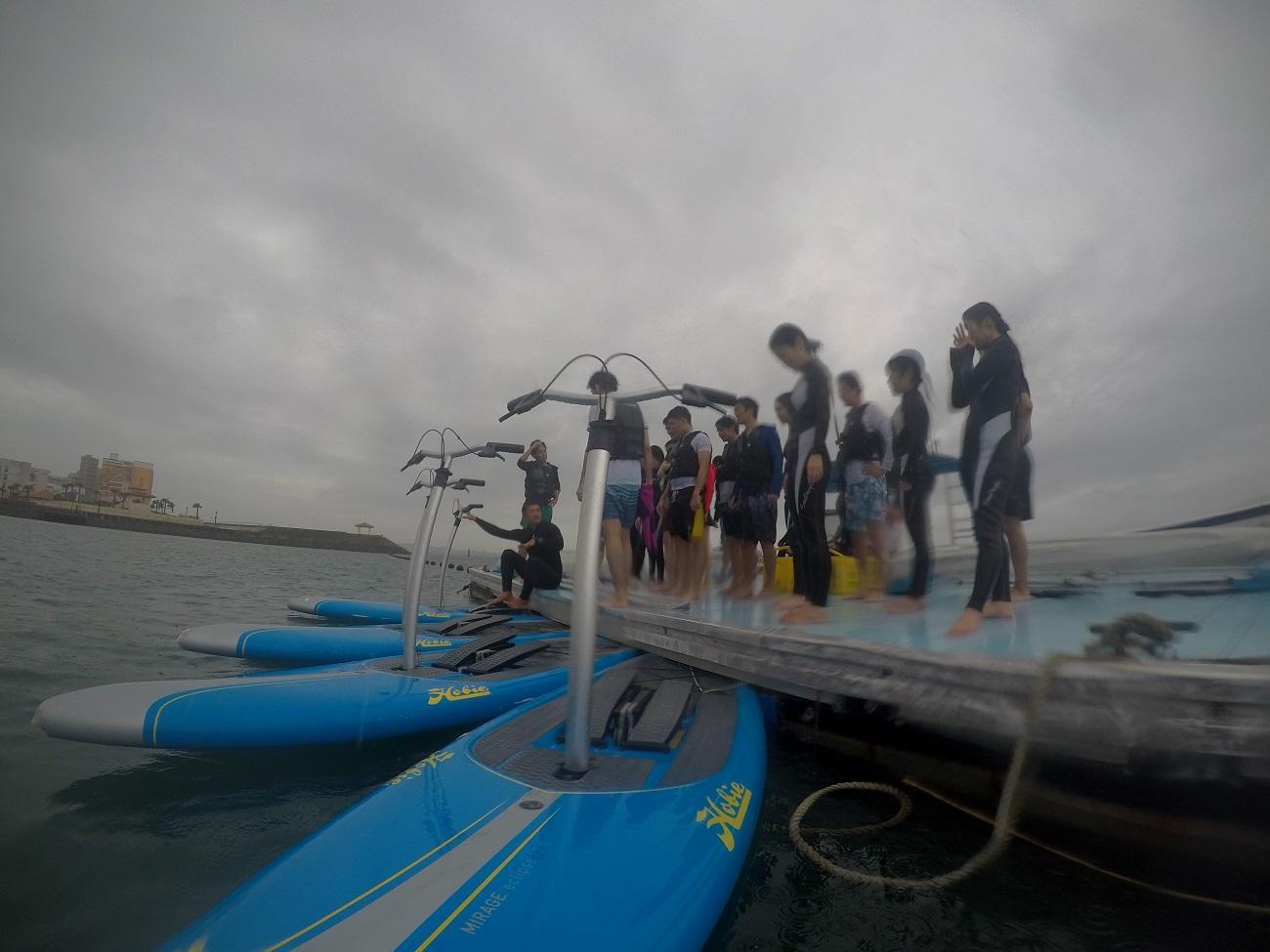 沖縄シーパーク北谷で足漕ぎサップ体験できます!