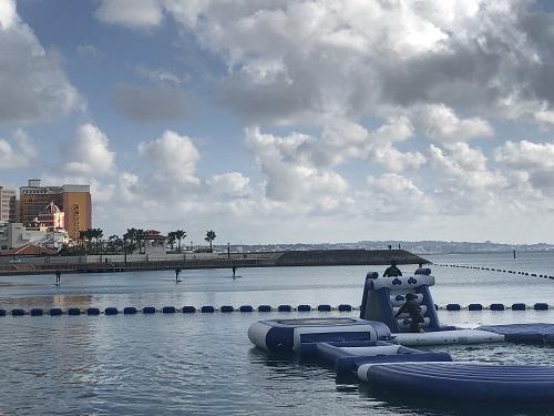 沖縄で海遊び
