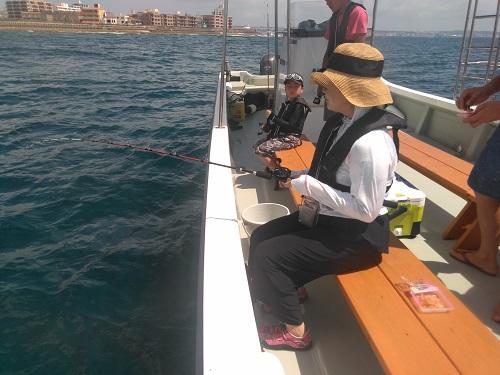 沖縄 北谷でボートフィッシング