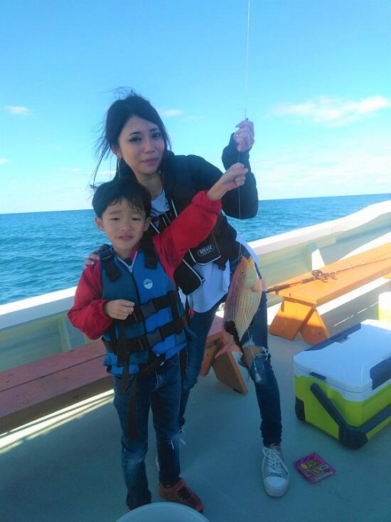 沖縄 船釣り 子供と