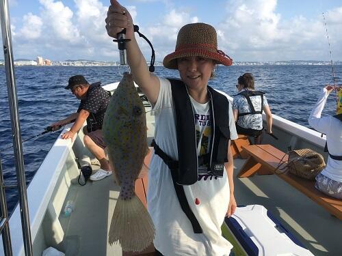 沖縄で釣り体験ツアーご案内してます!