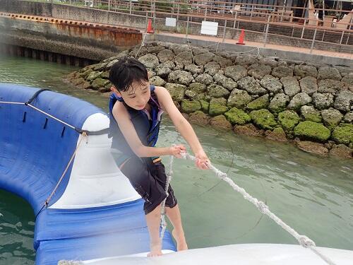 マリンスポーツは1名から参加OK!沖縄一人旅でも楽しめるマリンアクテビティをご紹介!