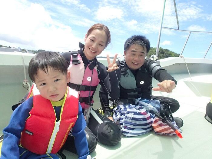 沖縄 青の洞窟 シュノーケル 5歳