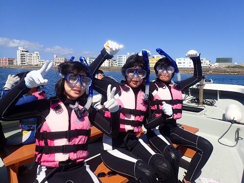 人気マリンアクティビティ『シュノーケリング』!5歳のお子さんから参加Ok!子供も大人も安全に海遊びを楽しもう!
