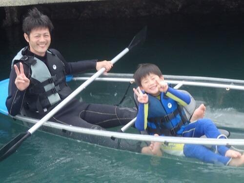 沖縄、マリンスポーツで人気のクリアカヤック!3歳から体験できる『シーパーク北谷』!!