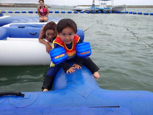 沖縄で子どもと一緒に楽しめるマリンスポーツ@シーパーク北谷