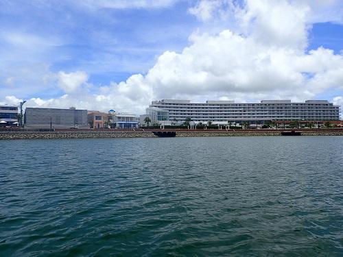 沖縄 船 操船.JPG