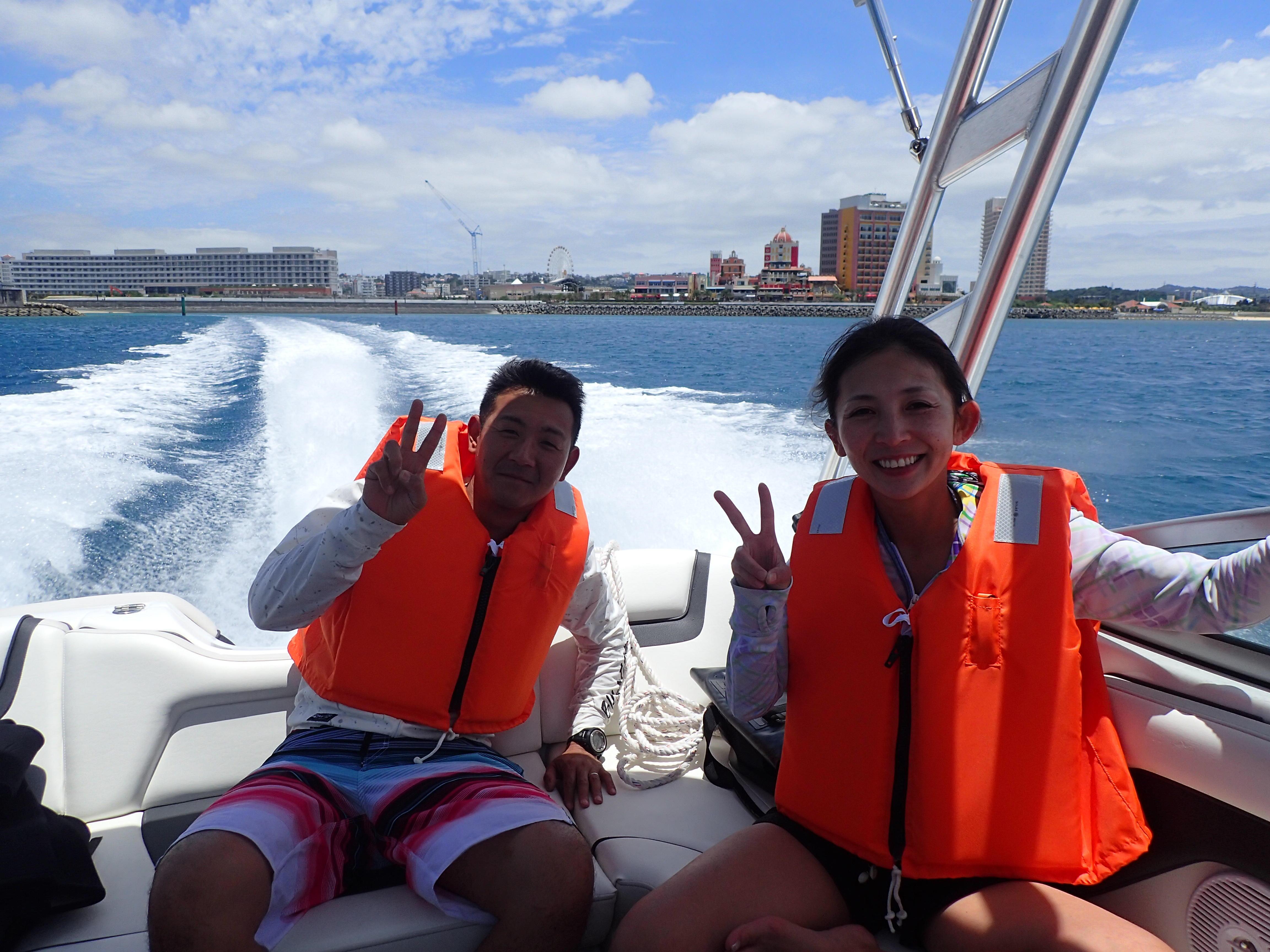 2名様以上で貸切OK!気の合う友人・ご家族・ご夫婦・カップル等で沖縄の海を存分に遊びましょう!